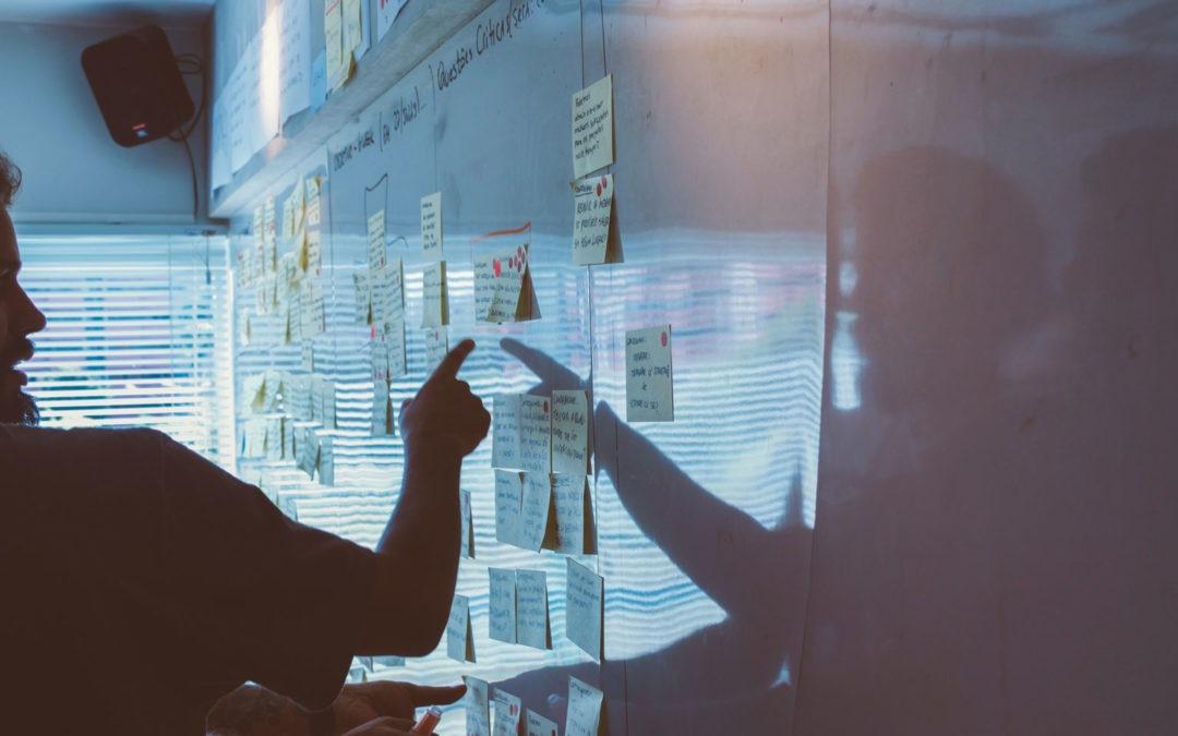 Conocer al sector para identificar tu estrategia y tus oportunidades sabiendo que es un mercado muy maduro y con mucha competencia