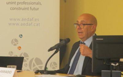Jordi Amado imparte una conferencia sobre la compra venta de despachos profesionales en la delegación Catalana de la AEDAF